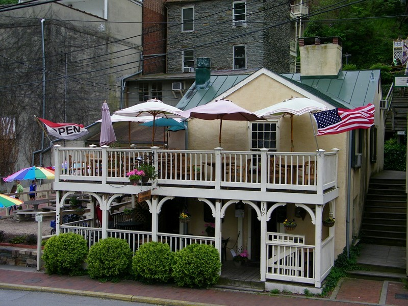 Private Quinn S Pub In Harper Ferry Wv As Seen Partingglmedia